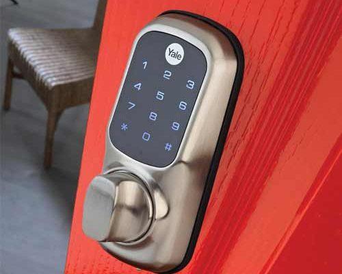 keyless lock on red door 1