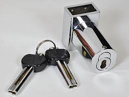 Chain key lock with chain key in protected position | Lock N More