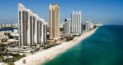 Looking North Along Sunny Isles Beach | Sunny Isles Beach FL Locksmith