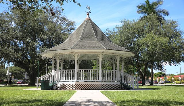 Miami Springs Circle – Gazebo | Miami Springs FL Locksmith