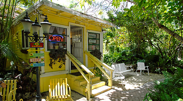 Quaint Beach Shop in Homestead FL | Homestead FL Locksmith
